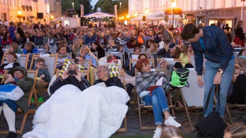 GALERII   PÖFFi armastusfilmide festivali Tartuff avaüritust külastas ligikaudu 2400 inimest