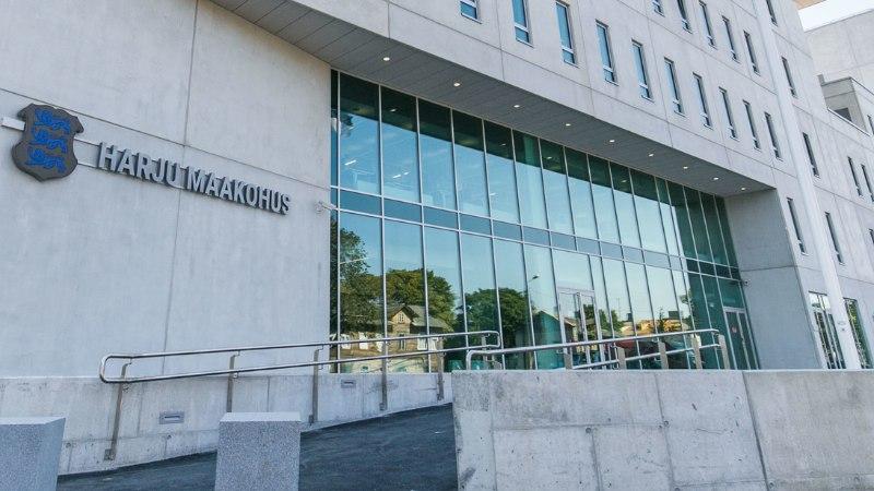 Repliik   Kohtunikud ja prokurörid kohvitavad uues kohtumajas koos, aga suitsetavad eraldi