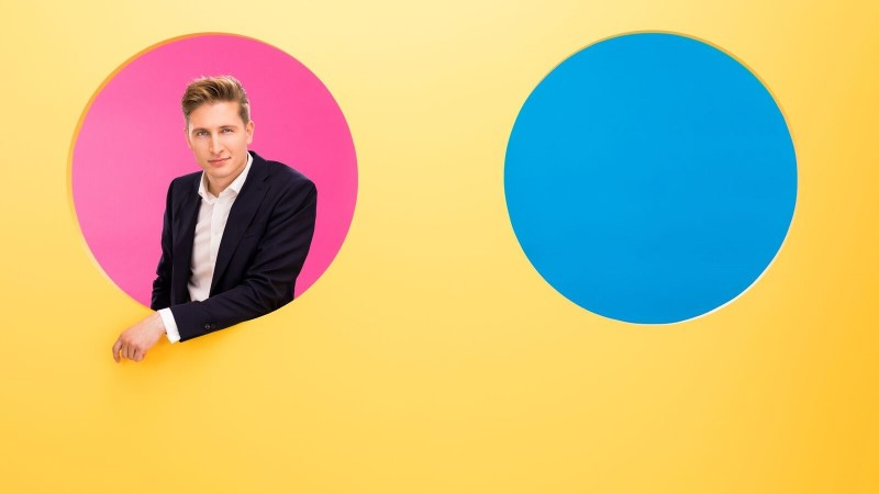 Karl-Erik Taukar hakkab uues telesaates tuntud staaride suhteid lahkama