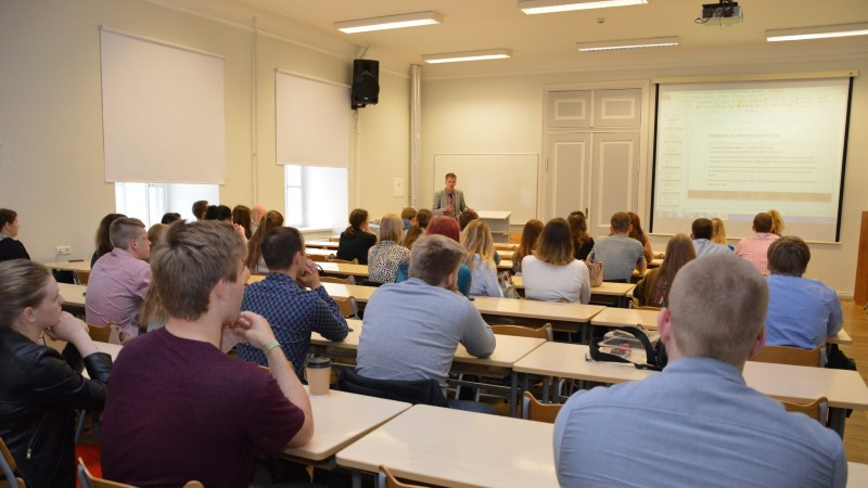 Eesti vikipedistid püüavad luua miljon emakeelset artiklit