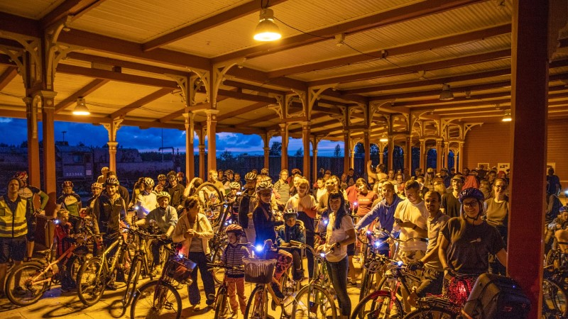 GALERII | Tour d'ÖÖ ratturid avasid EV100 suvise peonädala vändates