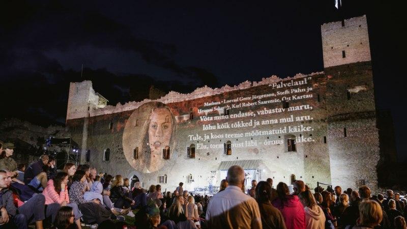 Eesti esimene üldluulepidu: kaks tundi põimitud poeesiat