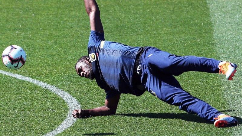 VIDEO | Vaata, kuidas Bolt esimesel treeningul Austraalia jalgpalliklubiga hakkama sai
