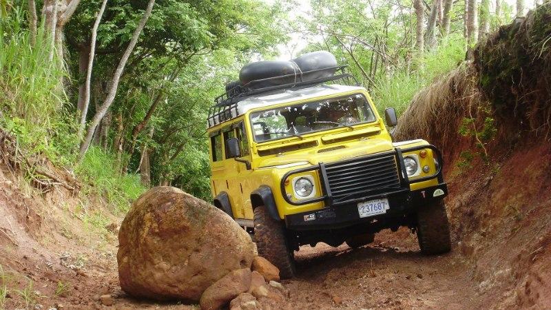 """Seitsmekümnene Land Rover: auto, mille kohta võib liialdamata öelda """"tema"""""""