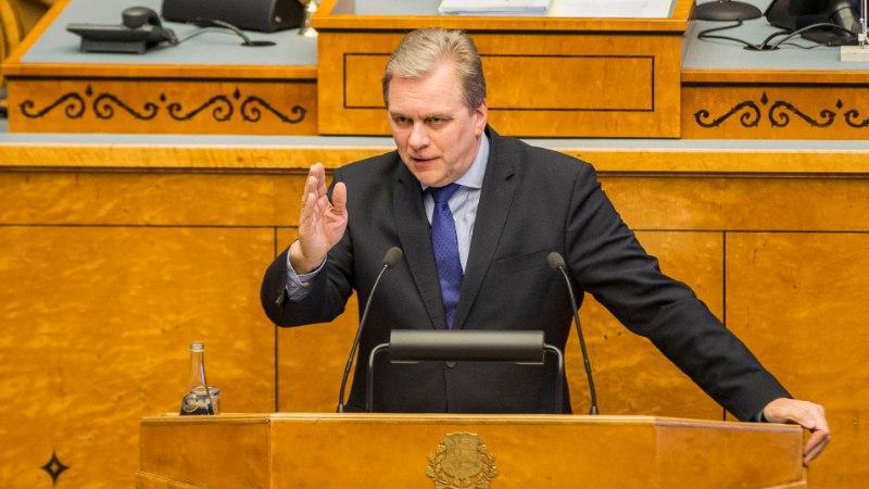 Riigikogus hakatakse jälle arutama saadikute lahkumishüvitise vähendamist
