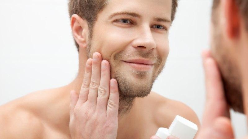 INIMESES PEAB KÖIK KAUNIS OLEMA: milliseid ihuhooldustooteid, kuidas ja millal võiks mees kasutada?