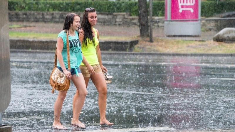 ILMAPROGNOOS: nädalavahetusel kallab vihma ja müristab äike