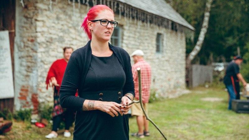 ÕL VIDEO JA FOTOD | Teadmamees Kalju Paldis õpetab, kuidas nõiavitsaga vett otsida
