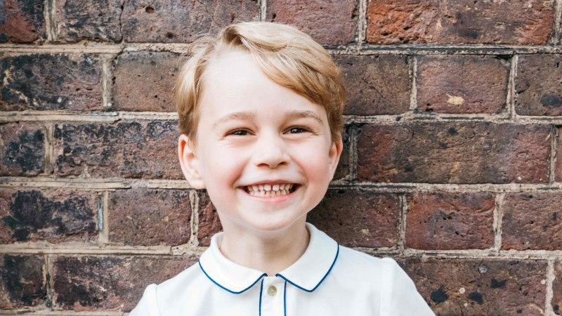 Fännid šokis: viieaastane prints George käis elu esimesel tedrejahil