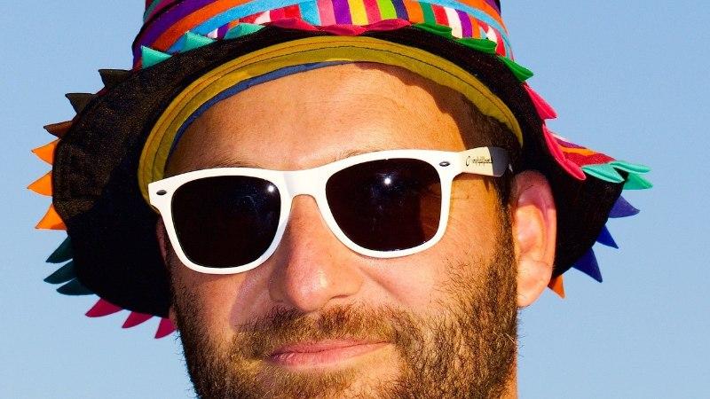 VÄLDI STIILIFOPAAD: 9 riietuseset, mida mees ei tohiks iialgi esimesel kohtingul kanda
