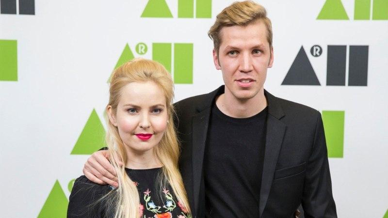 FOTO | Piret Järvis-Milder ja Egert Milder tähistavad esimest pulma-aastapäeva