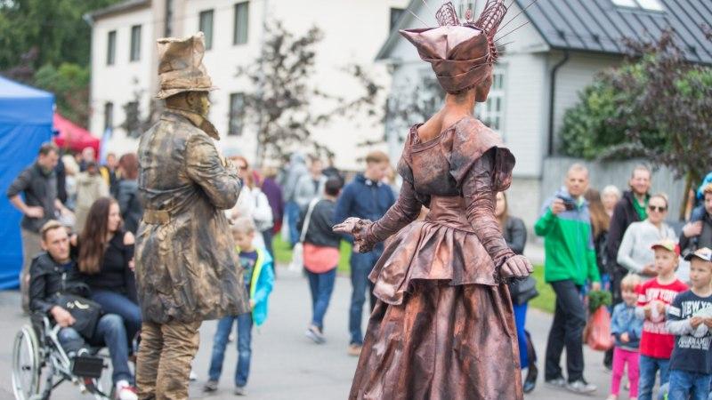 Kogukondade aeg: tänavafestivali peab Uus Maailm Tallinnas ja aparaaditehas Tartus