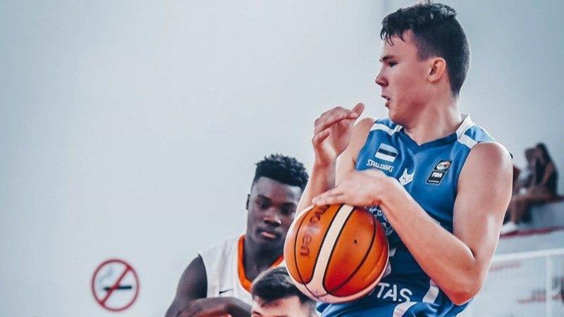 Leedust koju naasnud Eesti korvpallinoor liitub Pärnuga
