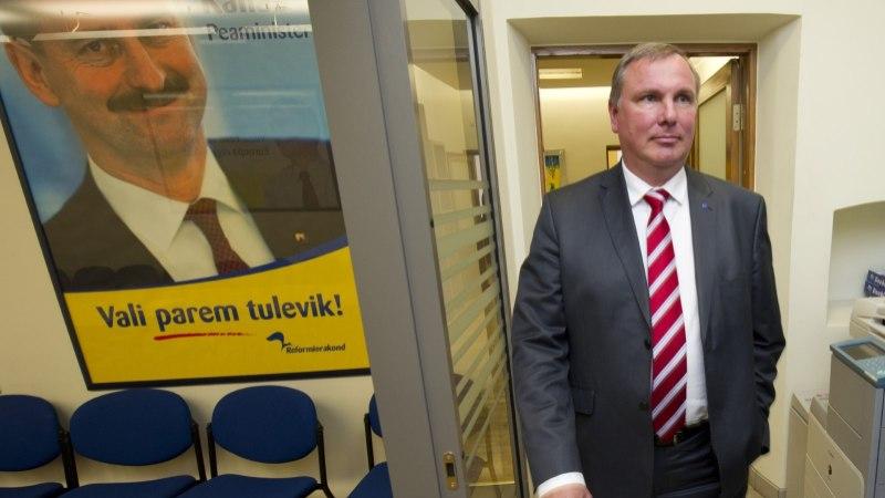 Kalev Lillost saab Igor Gräzini assistent