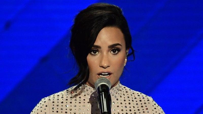 VIIMAKS OMETI! Demi Lovato avas üledoosi asjus suu