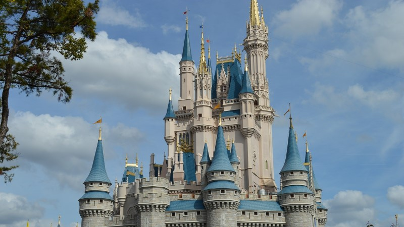 MIKI-HIIRE SÕPRADE PARADIIS: 20 üllatavat fakti kuulsa Disney teemapargi kohta