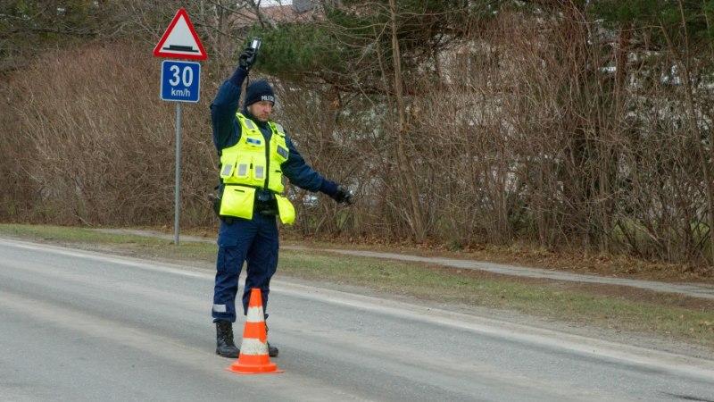 В четверг и пятницу полиция усилит патрулирование шоссе Таллинн-Тарту