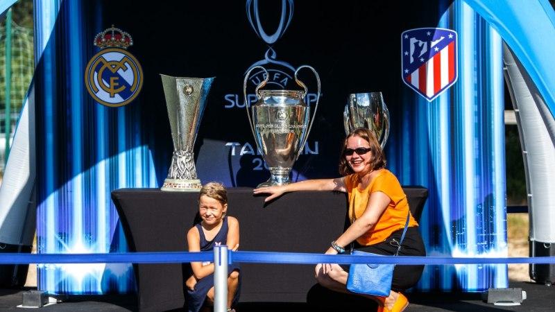 Suur jalgpall Lillekülas: Superkarika finaali jälgib 50 miljonit televaatajat