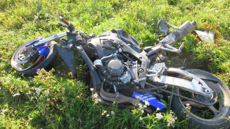 Sõiduinstruktor: mootorrattur on teiste liiklejate jaoks nähtamatu