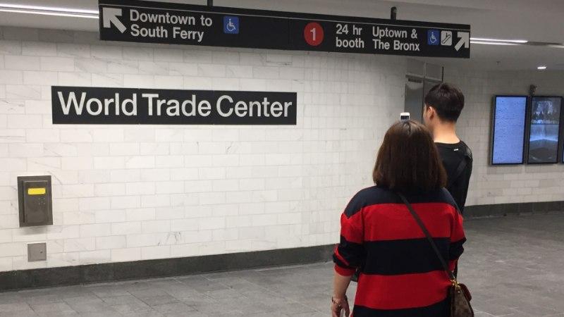 В Нью-Йорке открыли станцию метро, разрушенную 11 сентября 2001 года
