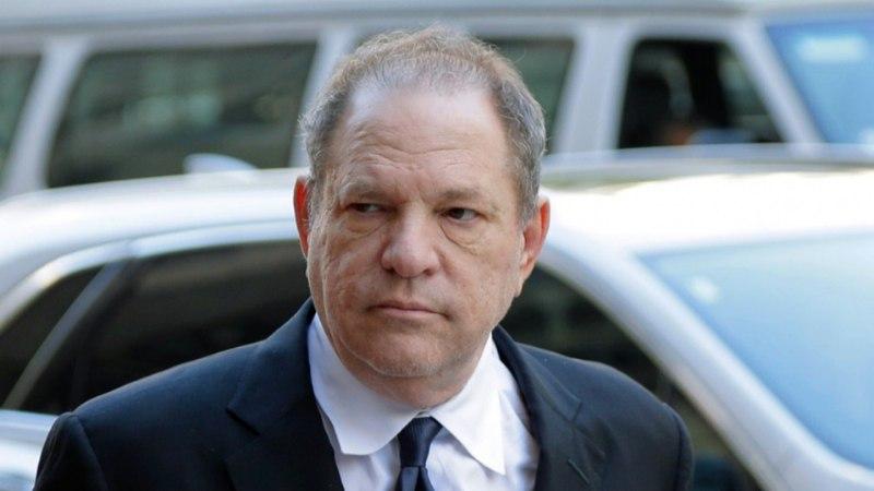 Harvey Weinsteini ohvrid rääkisid oma jubedatest kogemustest: kui katsuda ei tohi, ehk näitad siiski rindu?