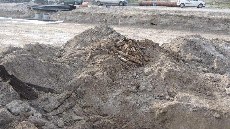 FOTOD | Reidi tee ehitamise käigus leiti suur kogus lõhkekehasid