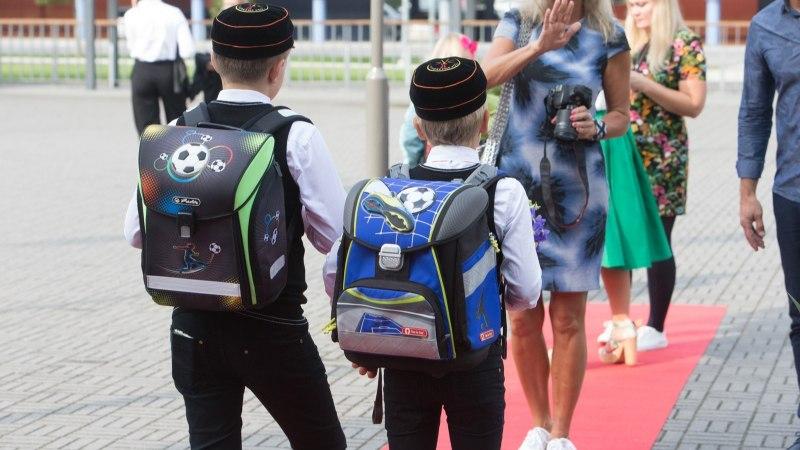 Эксперты предлагают сдвинуть начало школьных уроков в Эстонии на час позже