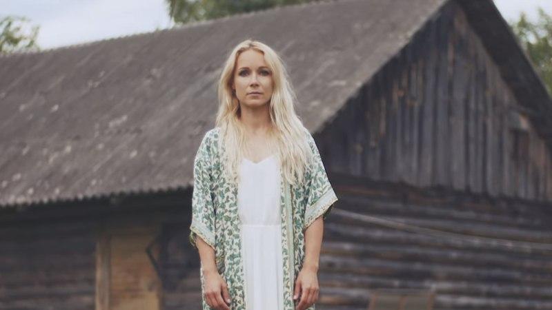 VIDEO | Lenna Kuurmaa andis välja muusikavideo: kõige raskem oli veealune võte