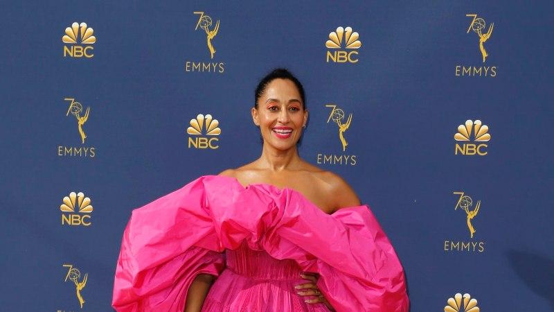 GALERII   Emmy galal nägi kauneid ja veidraid õhtukleite