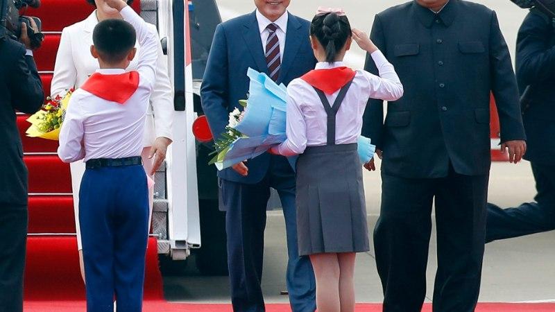 FOTOD | Moon Jae-in sõitis koos abikaasaga Põhja-Koreasse