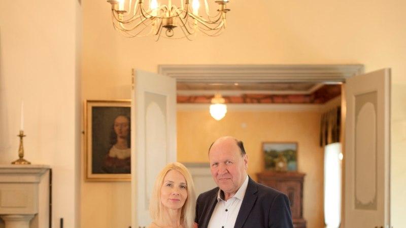 VÄRSKE ÜLEVAADE! Kellega naudivad armurõõme Eesti parteijuhid?