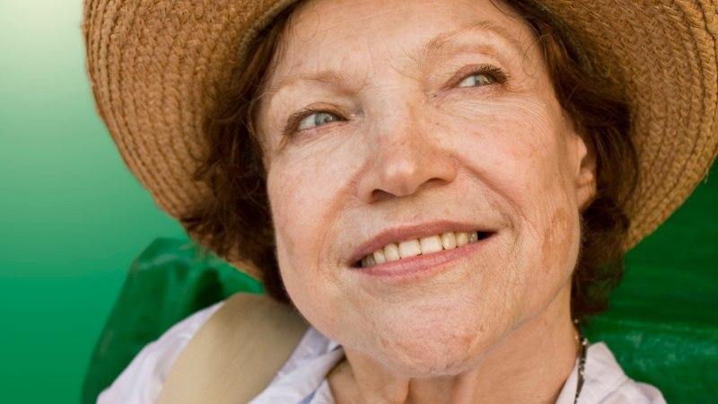 Nahahooldus vanuses 50+: vali massaažid ja erihooldused, mis kiirendavad vereringet ja naharakkude uuenemist