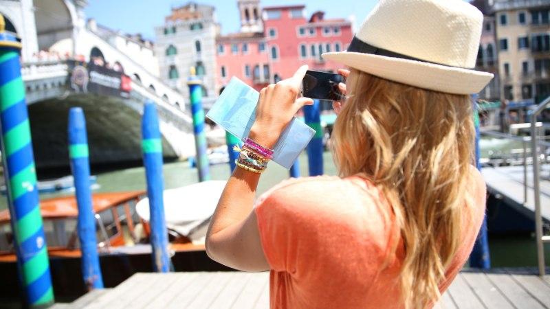 500 eurot trahvi, kui istud Veneetsias trepi peal?