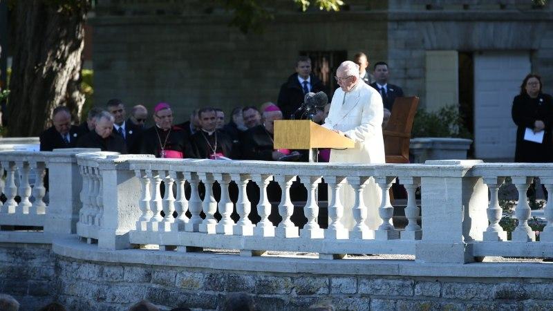 Paavst roosiaias peetud kõnes: oma minevikku ja olevikku vaadates on teil põhjust olla tuleviku osas lootusrikas