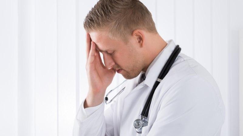 ARST ON KA INIMENE: üleväsinud arstid teevad rohkem ravivigu