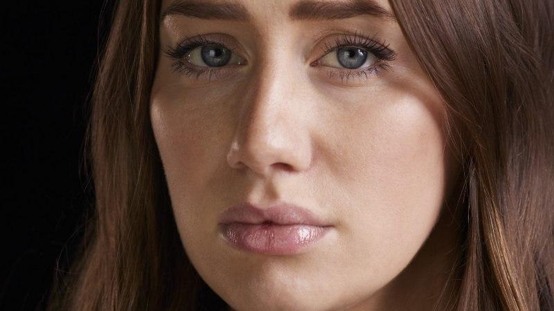 TA ISE EI MÄRKA: 11 viga, mida murtud südamega naine teeb