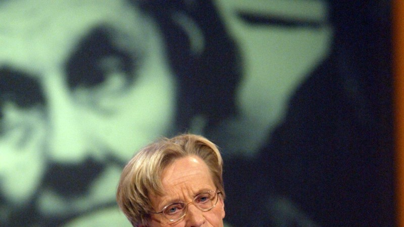 Astrid Lindgreni tragöödia: teismeline Astrid pidi lapse ära andma