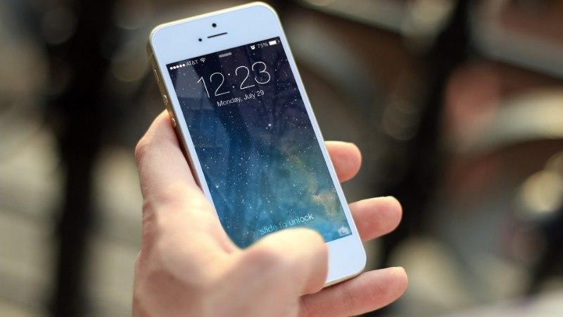 KAS TÕESTI NII LIHTNE? Vaata, millise nipiga inimesed oma telefoni mälumahtu kasvatada üritavad