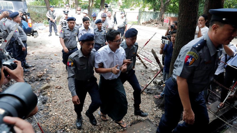 Myanmaris vangistati kaks Reutersi ajakirjanikku