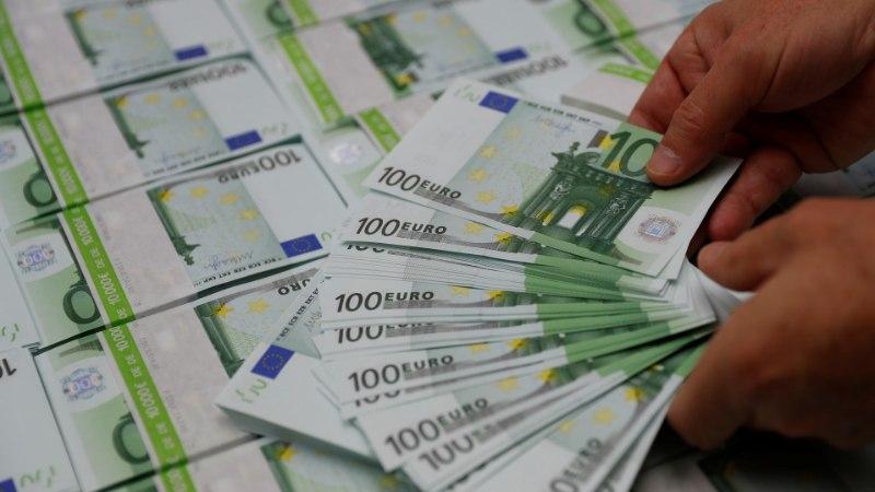 Riigikogu liikmed on kaotanud kuupalgas 1600 eurot