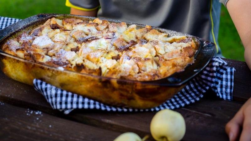 Retsept kokkamishuvilisele lapsele! Saiavorm õunte ja kaneeliga