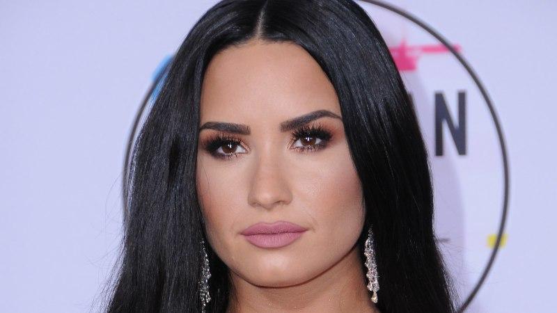 Demi Lovato pani oma üledoosimaja ligi 10 miljoni dollari eest müüki
