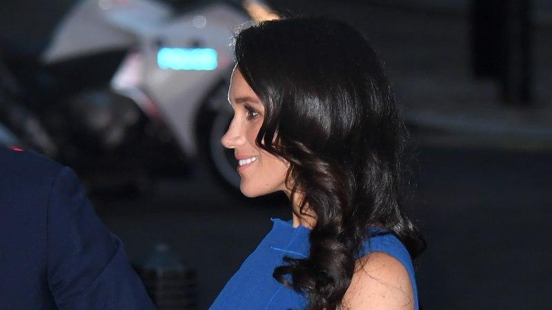 Kuninglik beebi on teel: kas Meghan Markle varjab oma rasedakõhtu?