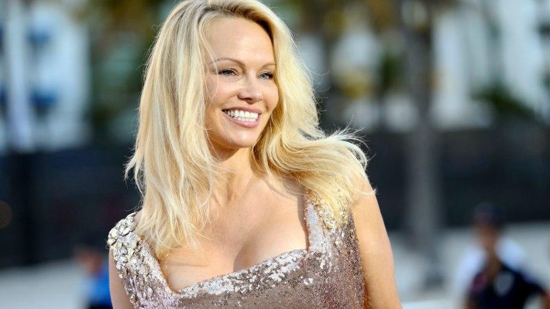 KÕIK! Pamela Anderson andis värskele maailmameistrile eriti valusalt korvi