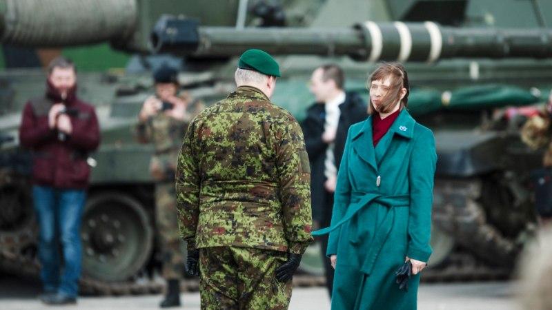Andrus Karnau riigireetmise teemal: Riho Terras oleks pidanud tagastama oma õlakud