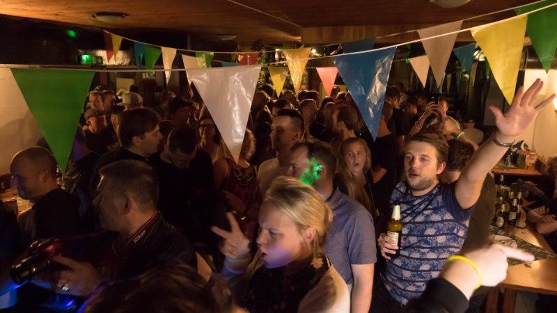 VIDEOD | Särisev simman Sodiaagis sulatas DJ Heiki püksid tooli külge