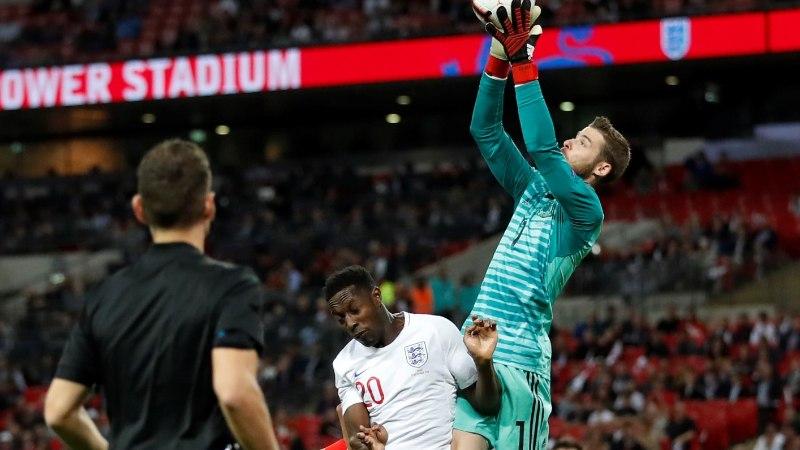 VIDEO | Kogu Inglismaa on kindel, et kohtunik röövis neilt Hispaania vastu värava ja punkti