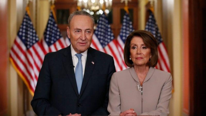 """""""Tšau-tšau, miski muu ei kõlba!"""" Trump pakkus demokraatidele kommi, kuid nood keelduvad endiselt piirimüüri rahastamisest"""