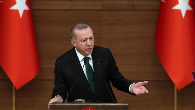 Президент Турции предложил бороться с пластиком с помощью конопли