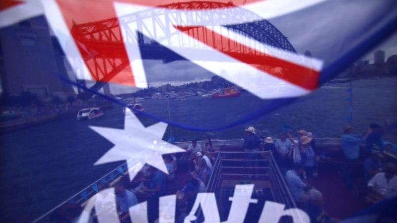 В Австралии мужчина отправил в посольства 38 посылок с белым порошком